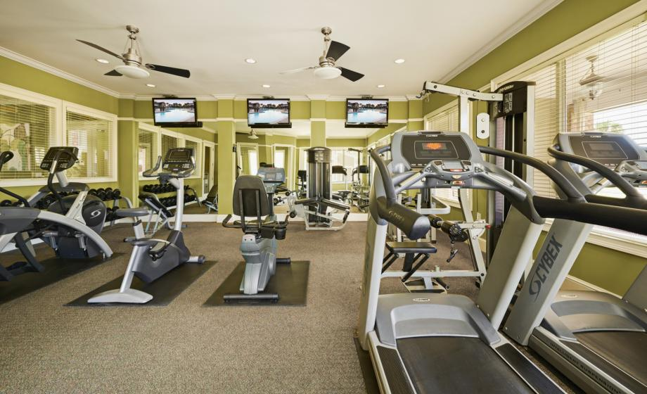 24 Hour Fitness Center at Camden South Bay Apartments in Corpus Christi, TX