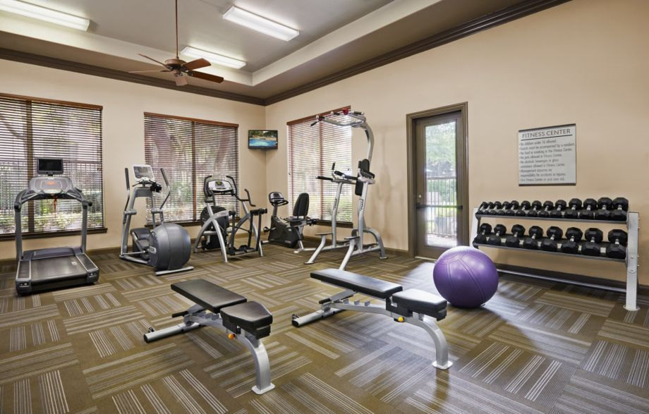 Fitness Center at Camden Stoneleigh Apartments in Austin, TX