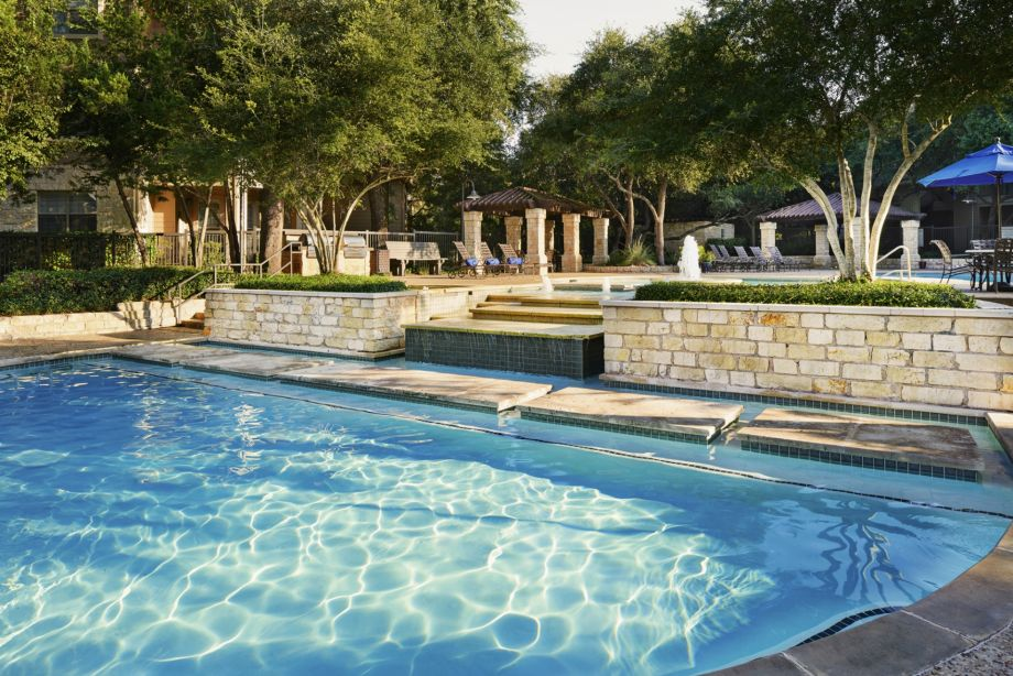 Pool at Camden Stoneleigh Apartments in Austin, TX