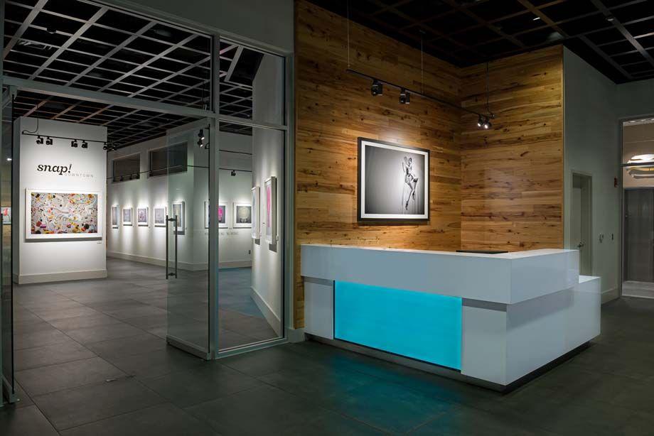 SNAP Gallery Entrance at Camden Thornton Park Apartments in Orlando, FL