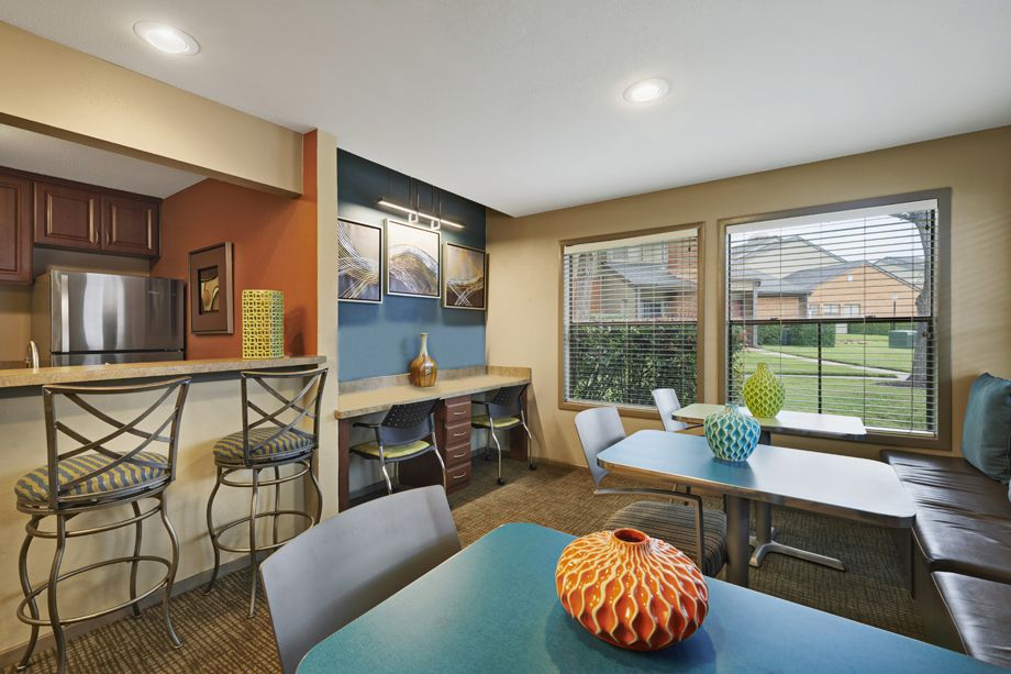 Community Workspace at Camden Valley Park Apartments in Irving, TX