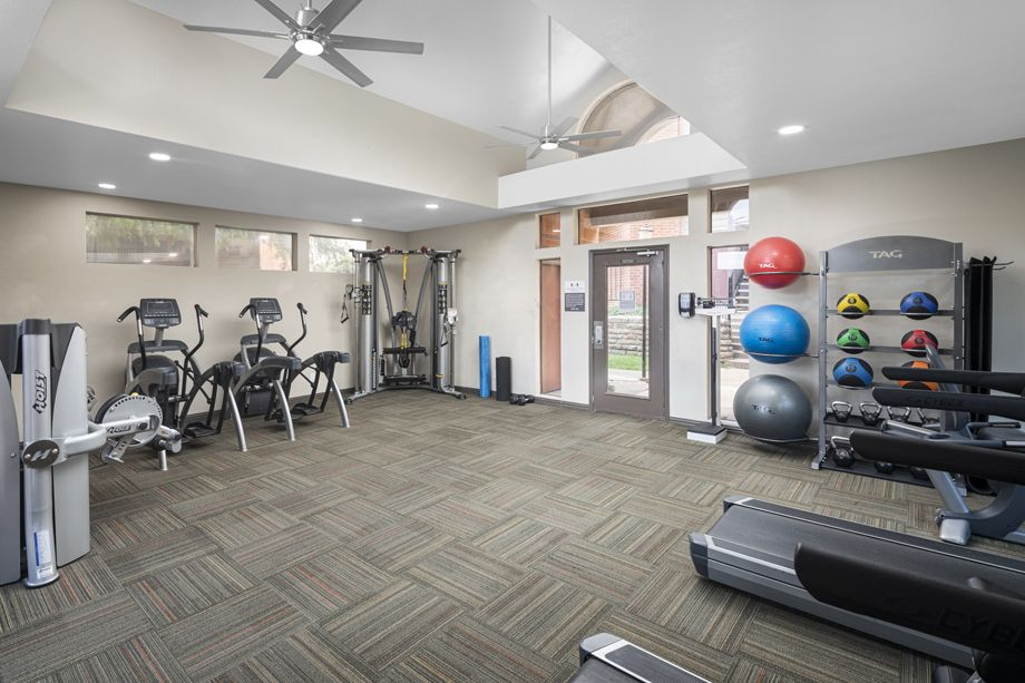 Fitness center at Camden Valley Park Apartments in Irving, TX