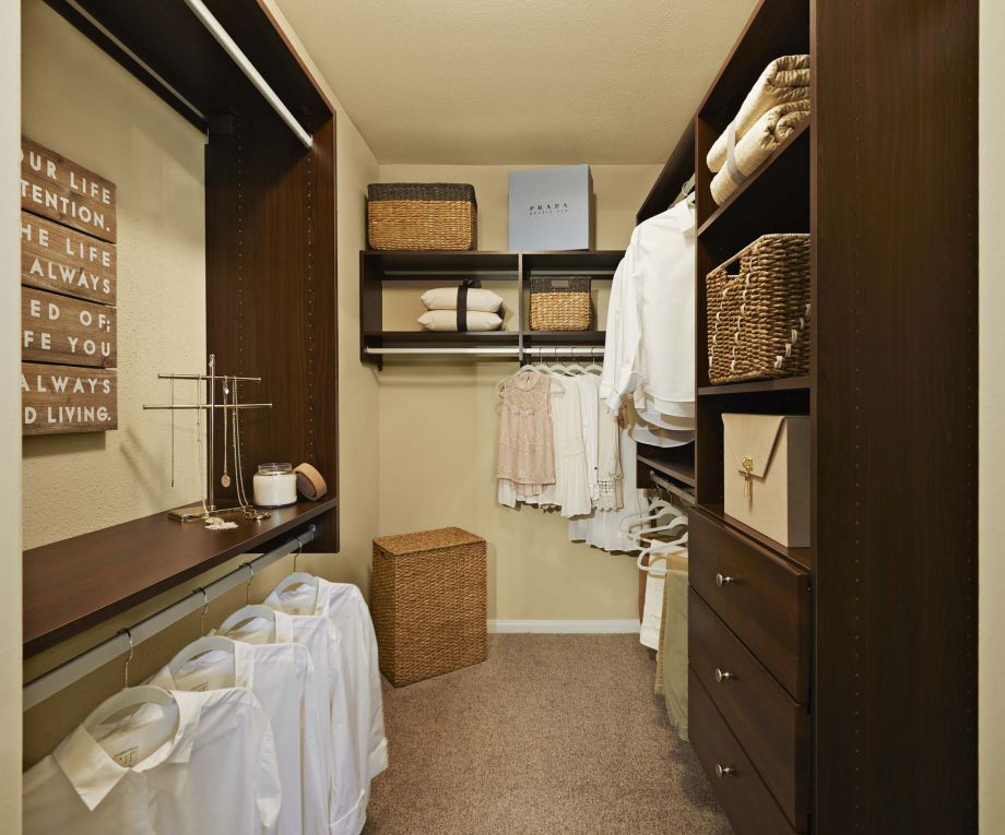 Custom Closet at Camden Vanderbilt Apartments in Houston, Texas