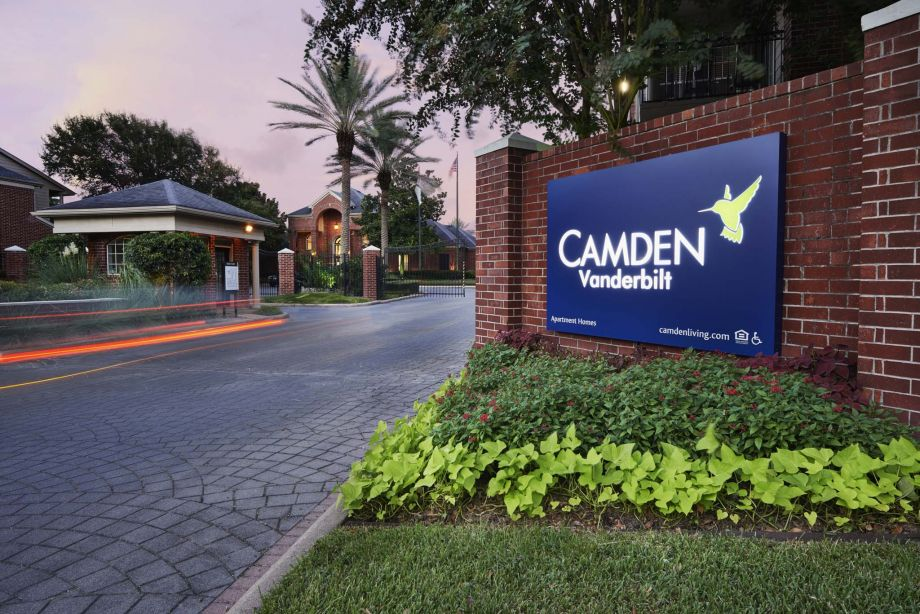 Apartments for Rent in Houston, TX - Camden Vanderbilt