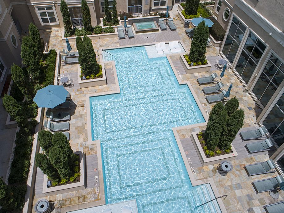 Swimming Pool at Camden Highland Village townhomes in Houston, TX