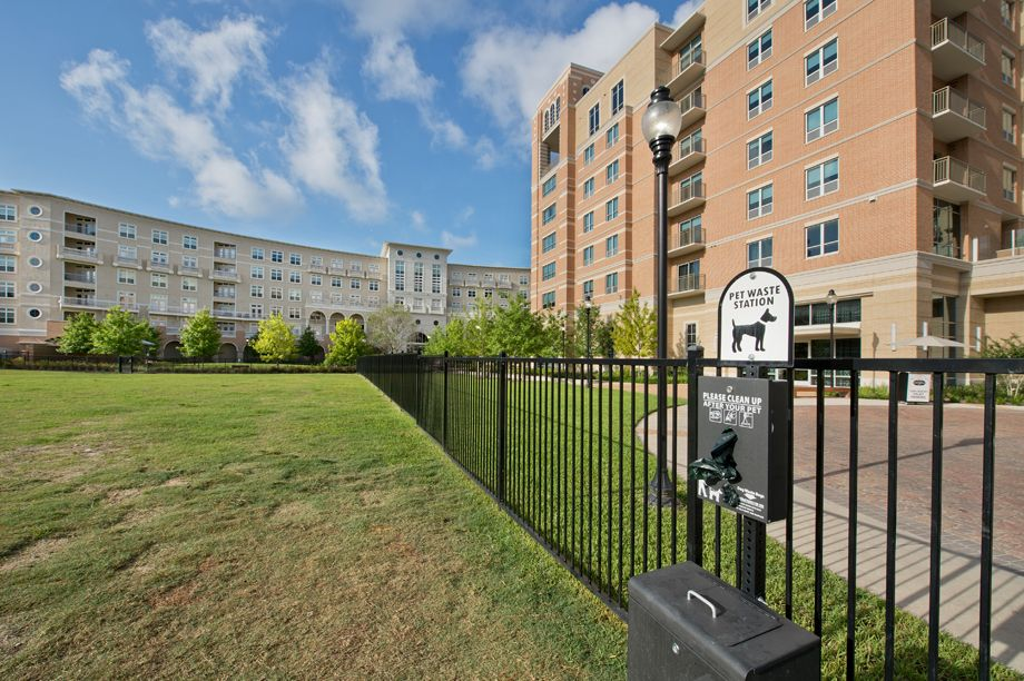 Dog Park at Camden Highland Village townhomes in Houston, TX