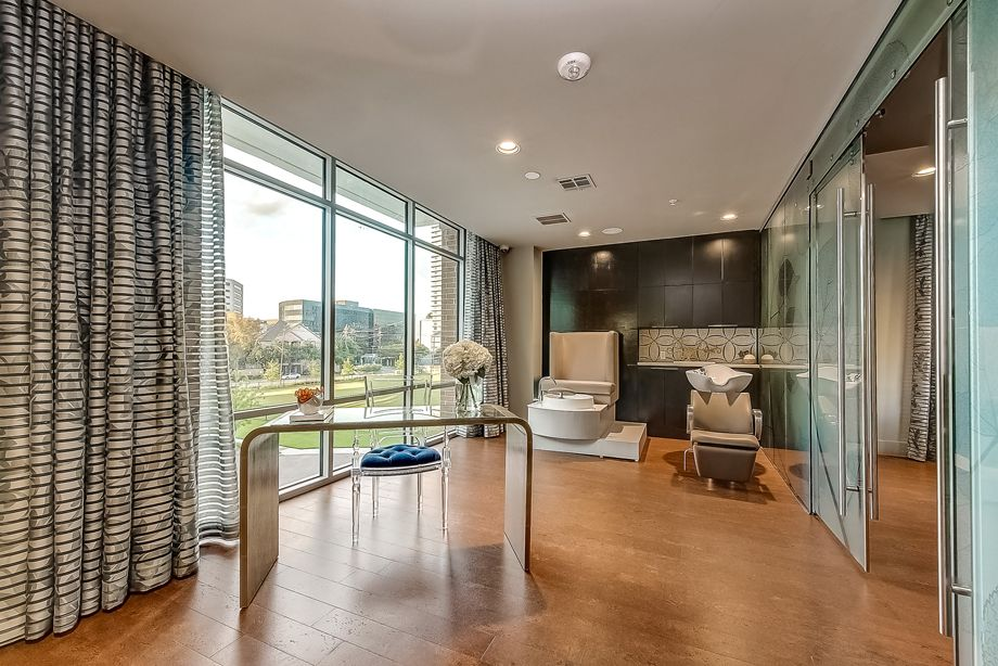 Onsite Spa at Camden Highland Village townhomes in Houston, TX