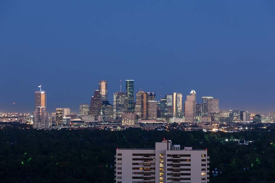 Downtown, Uptown and Houston Galleria Skyline Views at Camden Post Oak High Rise Luxury Apartments in Houston Galleria, Texas