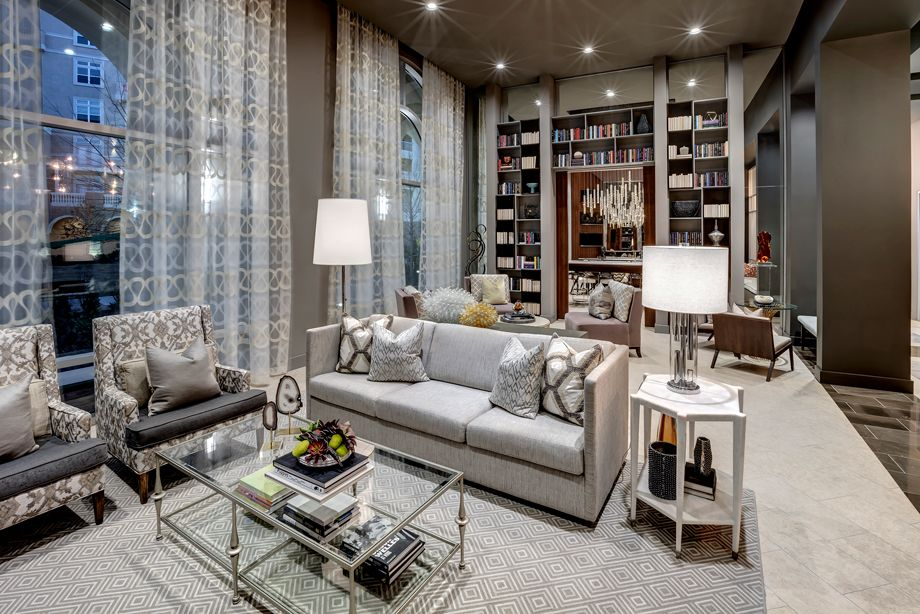 Resident Lounge at Camden Highland Village townhomes in Houston, TX