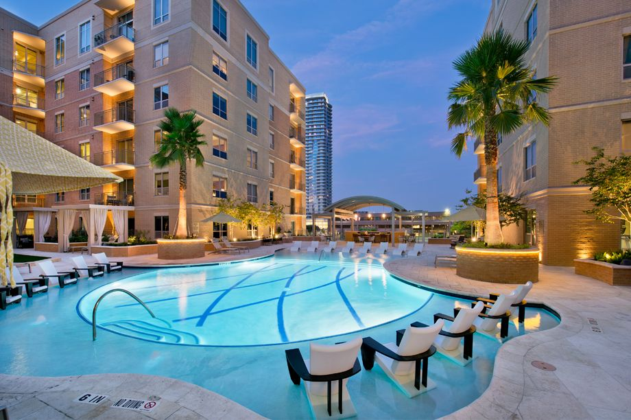 Resort-Style Swimming Pool at Camden Highland Village townhomes in Houston, TX