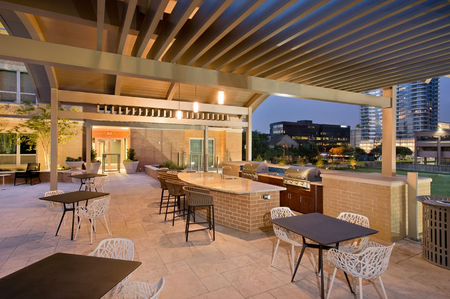 Outdoor Grilling Area at Camden Highland Village townhomes in Houston, TX