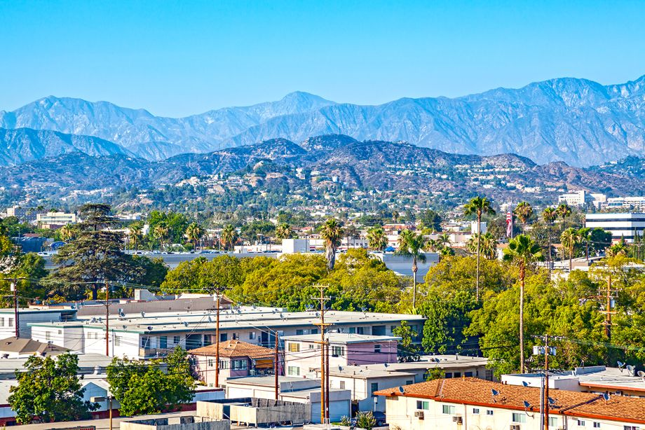 Mountain Views from Camden Glendale apartments in Glendale, CA