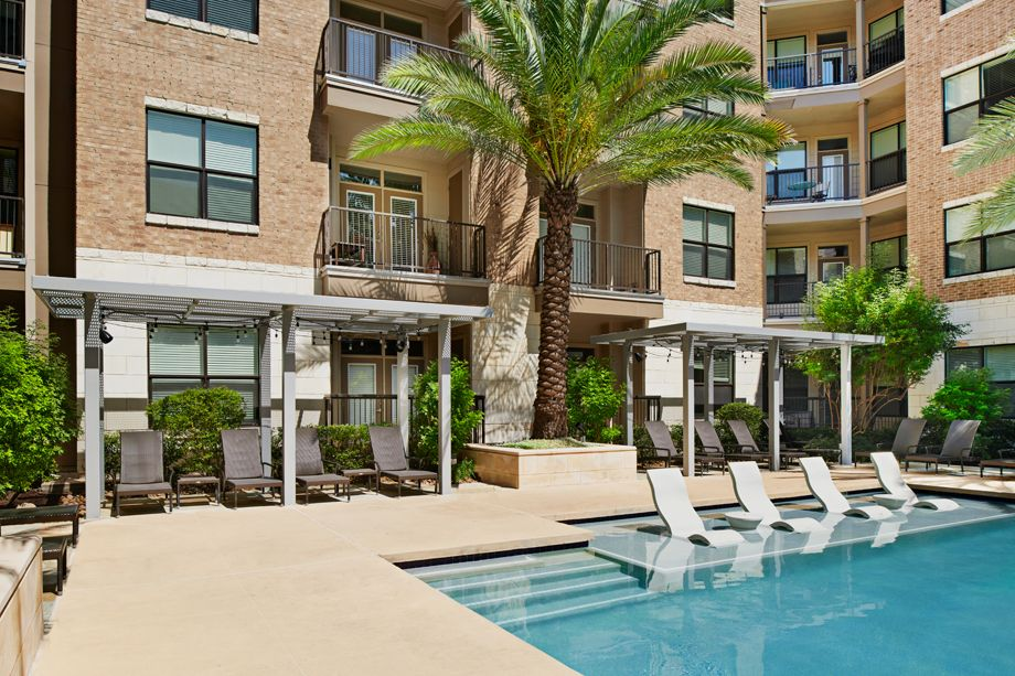 Pool with cabana area at Camden Lamar Heights in Austin, TX