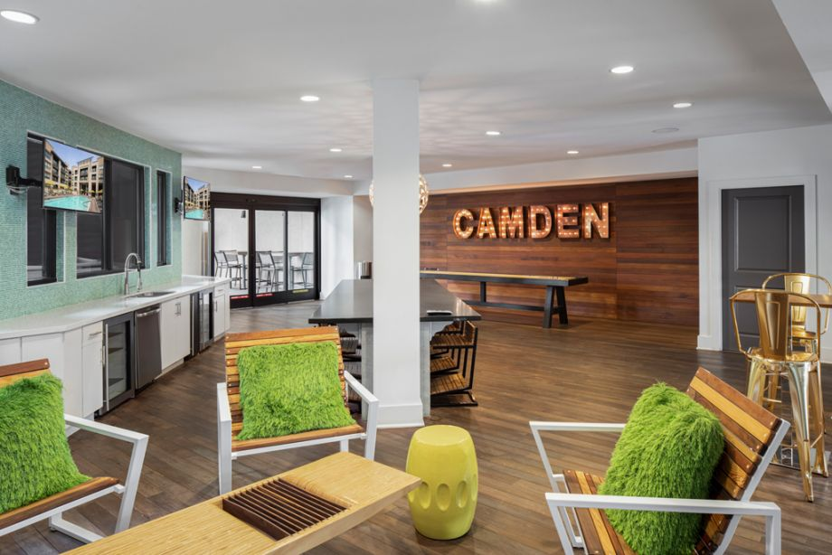 Resident Lounge at Camden Old Town Scottsdale Apartments in Scottsdale, Arizona