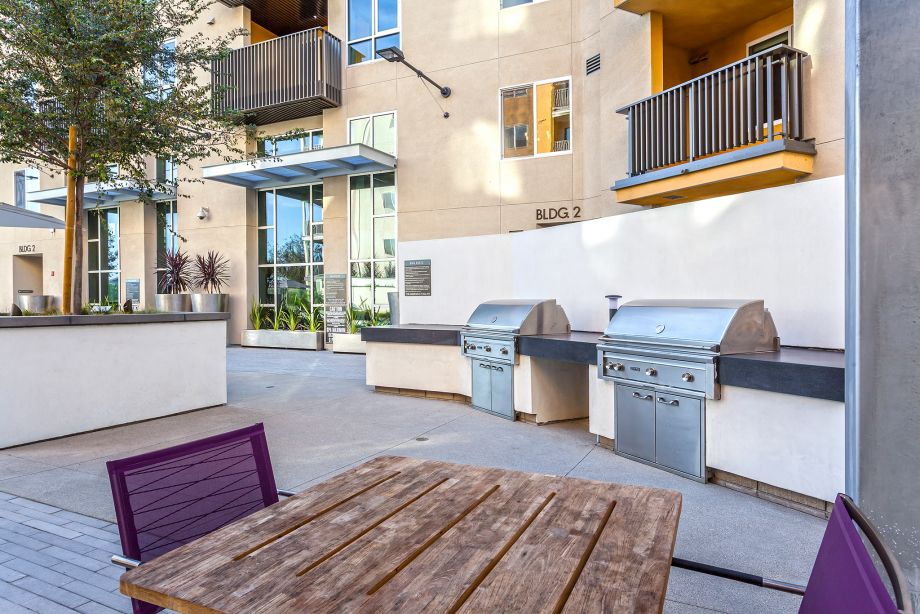 Outdoor Grills at Camden Glendale apartments in Glendale, CA