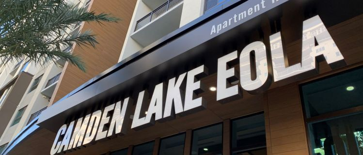 Camden Lake Eola – Premiere Living in Downtown Orlando!