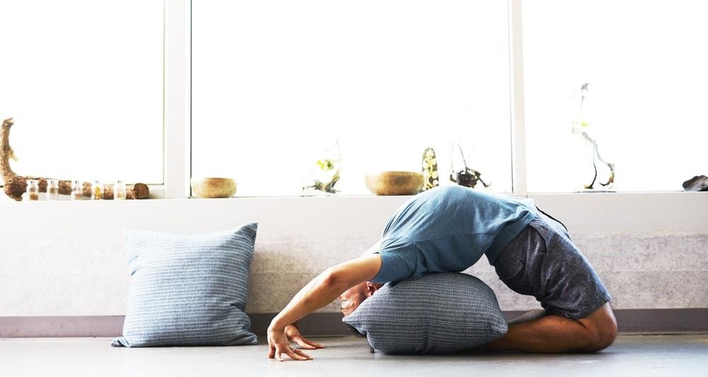 transform-bedroom-spare-meditation-relax